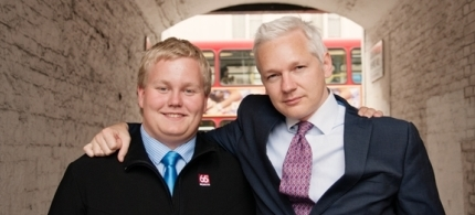 Siggi Thordarson with Julian Assange in London 2011. (photo: Allan Clark)