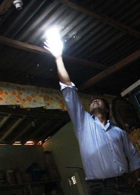 Light From A Water Bottle Could Brighten Millions Of Poor