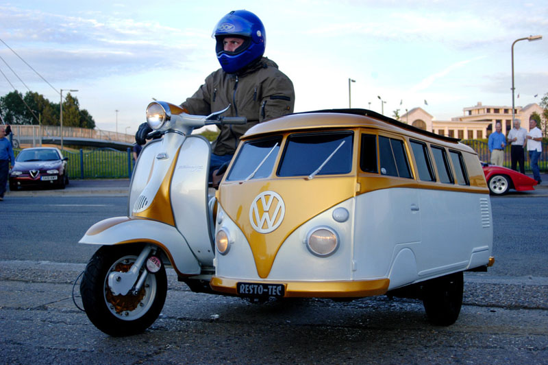 http://twistedsifter.com/2011/02/picture-of-the-day-best-sidecar-ever/