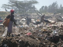 Many waste collectors at the Dandora dump on the outskirts of Nairobi are unaware of the dangers posed by medical waste.  / Credit:David Njagi/IPS