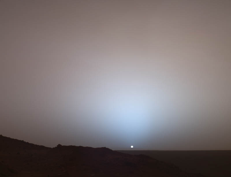 http://twistedsifter.com/2011/10/picture-of-the-day-sunset-on-mars/